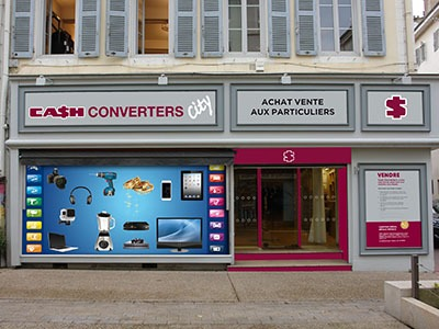 Cash converters s implante en plein centre de bourg en for Cash piscine chalon